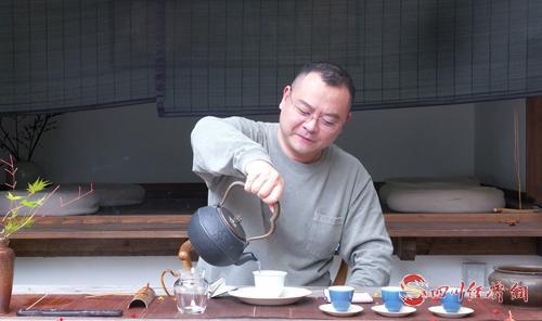 15(15胡  四川经济网配图   四川快医科技有限责任公司董事长 刘震.jpg