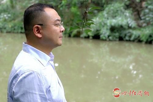 15(15胡  四川经济网配图   四川快医科技有限责任公司董事长刘震.jpg