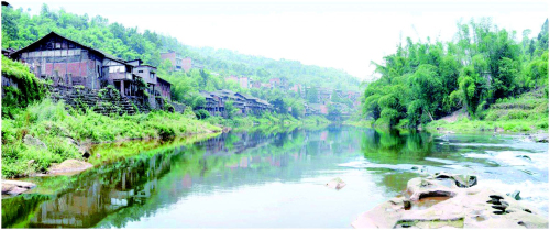 龙溪河畔的箭板古镇.jpg