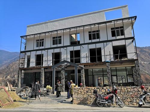 正在建的二郎山地质博物馆.jpg