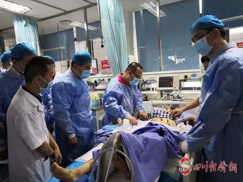 14(网)长宁地震灾区伤员已出院25人 仍有156名伤员住院治疗配图    mmexport1561002529980.jpg