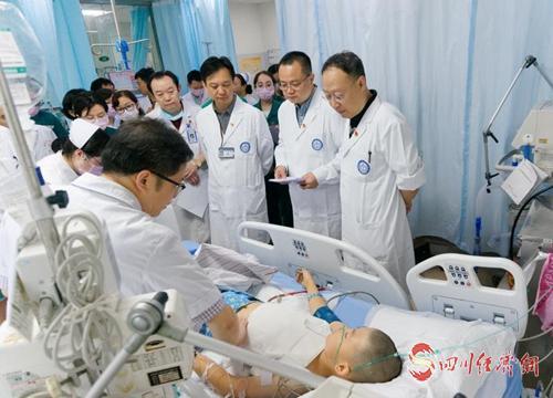 14(网)长宁地震灾区伤员已出院25人 仍有156名伤员住院治疗配图    mmexport1561002542718.jpg