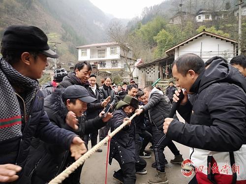 图6:组织村民开展文化活动 .jpg
