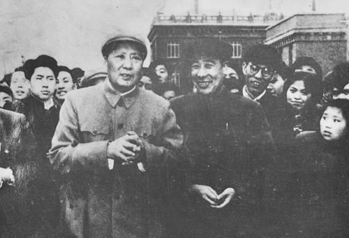 1958年3月5日 中共中央主席毛泽东视察成都量具刃具厂  鲍安华翻拍(6).jpg