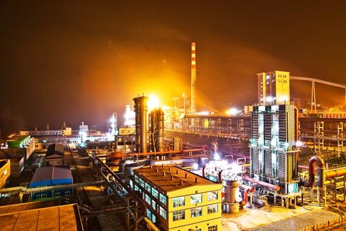 2009年11月,川煤集团攀煤焦化公司100万吨焦炭及煤气综合利用工程竣工投产。攀煤公司  洪计懋.jpg