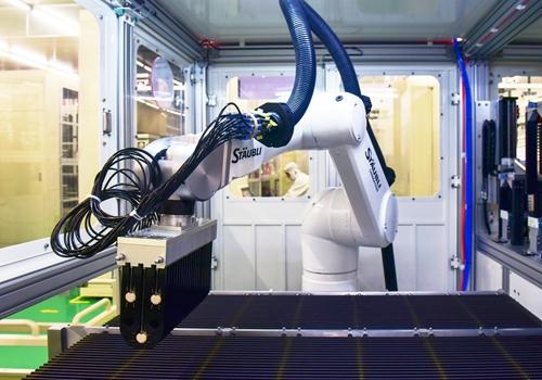 通威太阳能无人化车间、智能化生产线.jpg