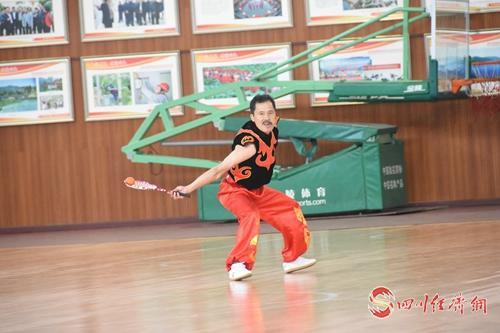14(网)中国柔力球比赛配图    比赛现场.jpg