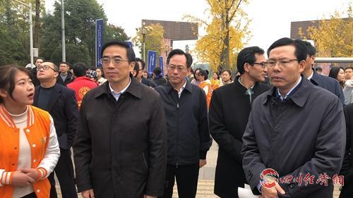中国残联副主席、副理事长程凯了解招聘单位信息.jpg
