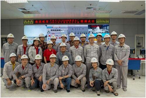25(25刘 网 1111 际恒)中国首套出口海外的百万千瓦电站机组成功实现商业运行配图   中国成达项目组全体成员合影.jpg