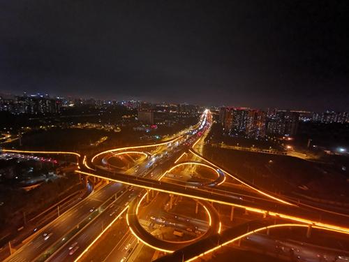 19(网)三环路光彩工程于国庆节前建成配图    三环路光彩工程(图片由成都市住房和城乡建设局提供).jpg