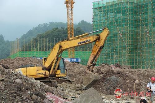 04(网)提速攻坚   沐川中学迁建项目稳步推进配图    图2:施工现场.jpg
