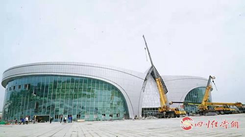 06(网)9月16日 航展会展中心配图    9月16日,航展会展中心建设现场。.jpg